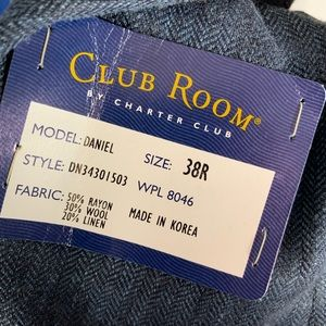 Club Room Suits & Blazers - Club Room NWT Navy Blue Herringbone Sport Coat 38R